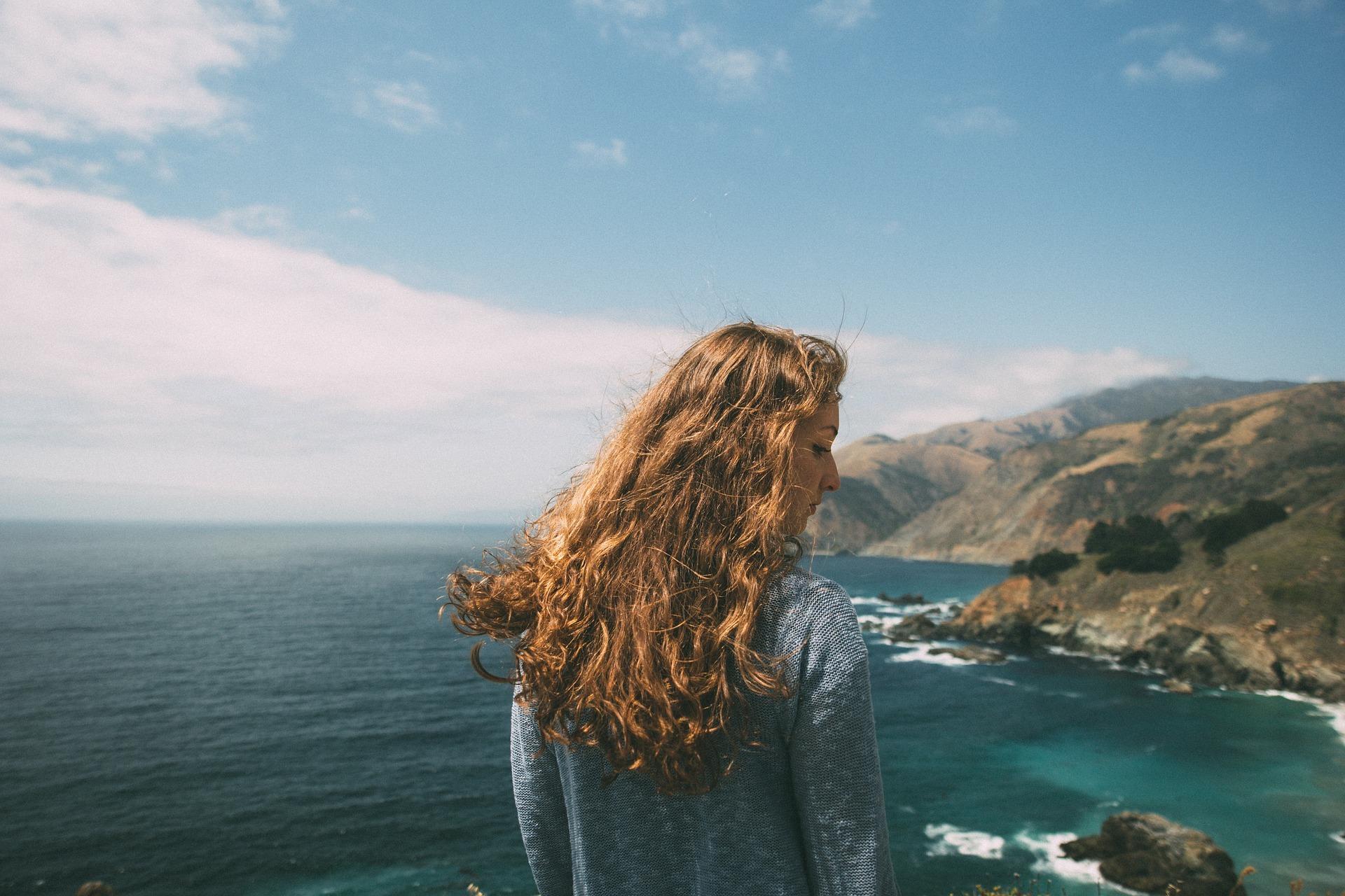 proteggere i capelli da sole